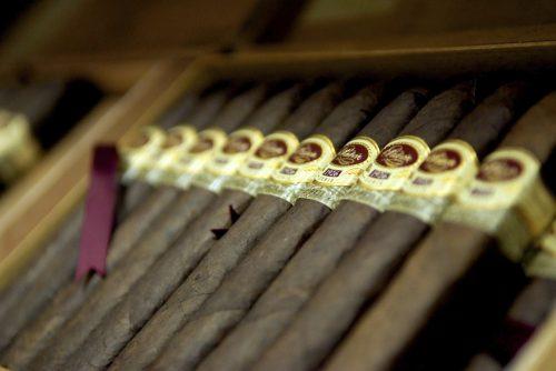 Pixabay cigar-3386222_1920